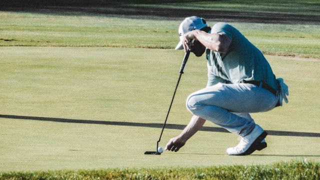 what is a mid handicap golfer