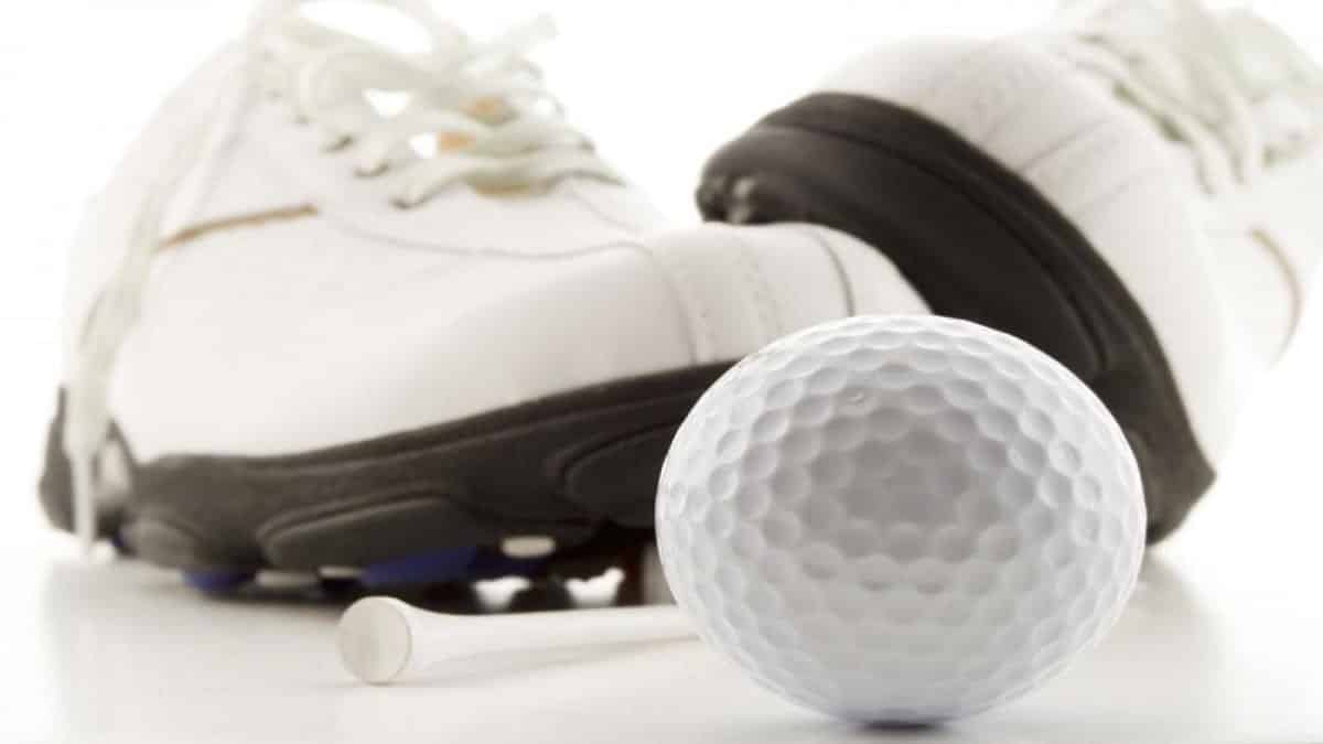 White sneakers for golfers
