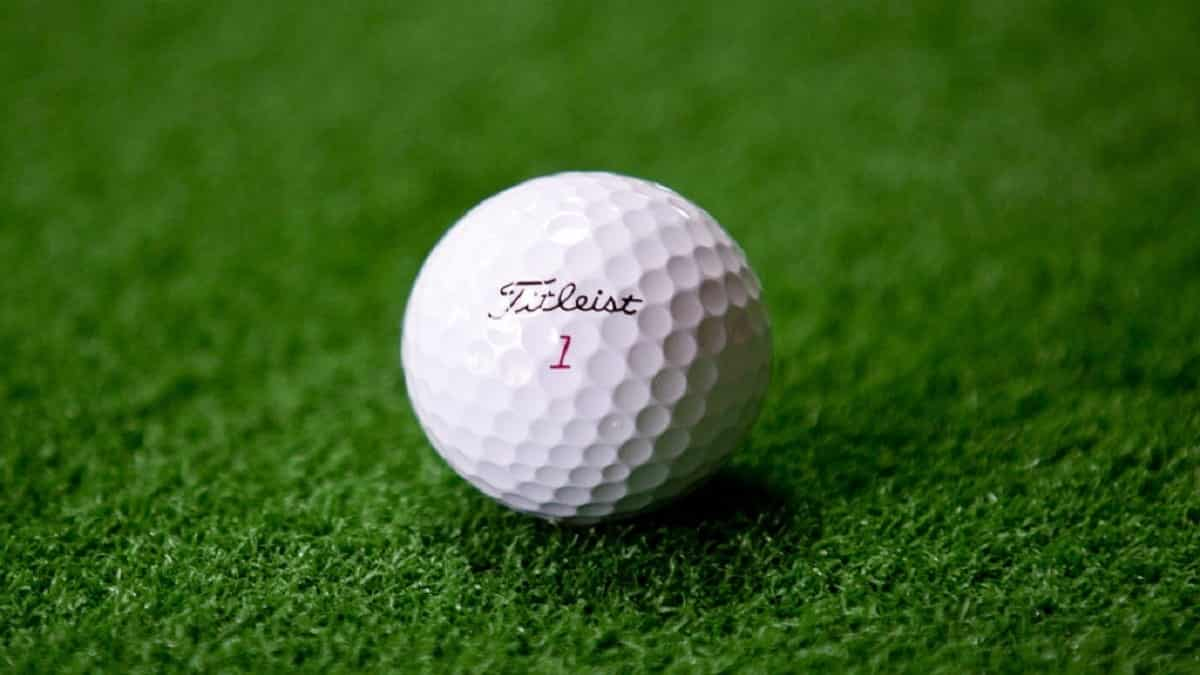 Best golf balls for an average golfer