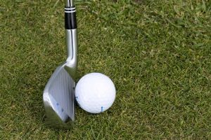 where is the sweet spot on a golf iron