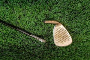 Picture of golf club and driver