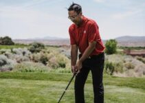 How to Address the Golf Ball With a Driver