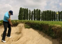 Hitting a Bunker Shot the Easy Way